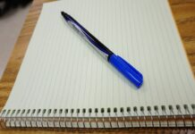 pen and notebook - photo by Pixnio