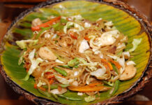 Pancit Lucban Quezon Province Food photo via Depositphotos